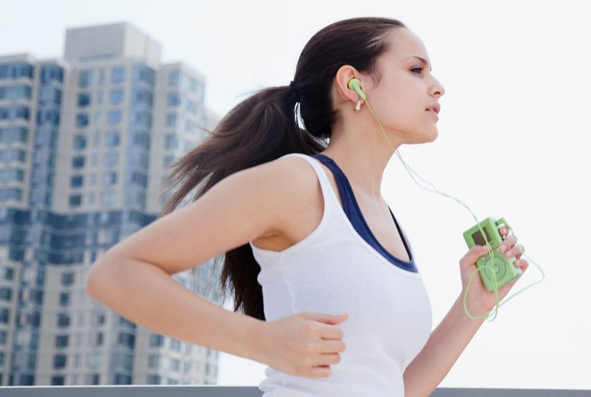 WATERPROOF-HEADPHONES-FOR-RUNNING-2